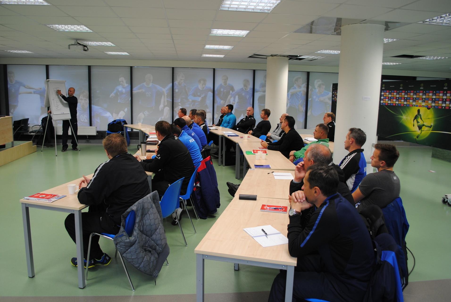 65cacddbbcb Tänasest on avatud registreerimine Eesti Jalgpalli Liidu (EJL) poolt  korraldatavatele treenerite koolitustele aastal 2018. Uus aasta toob kaasa  mitmed ...
