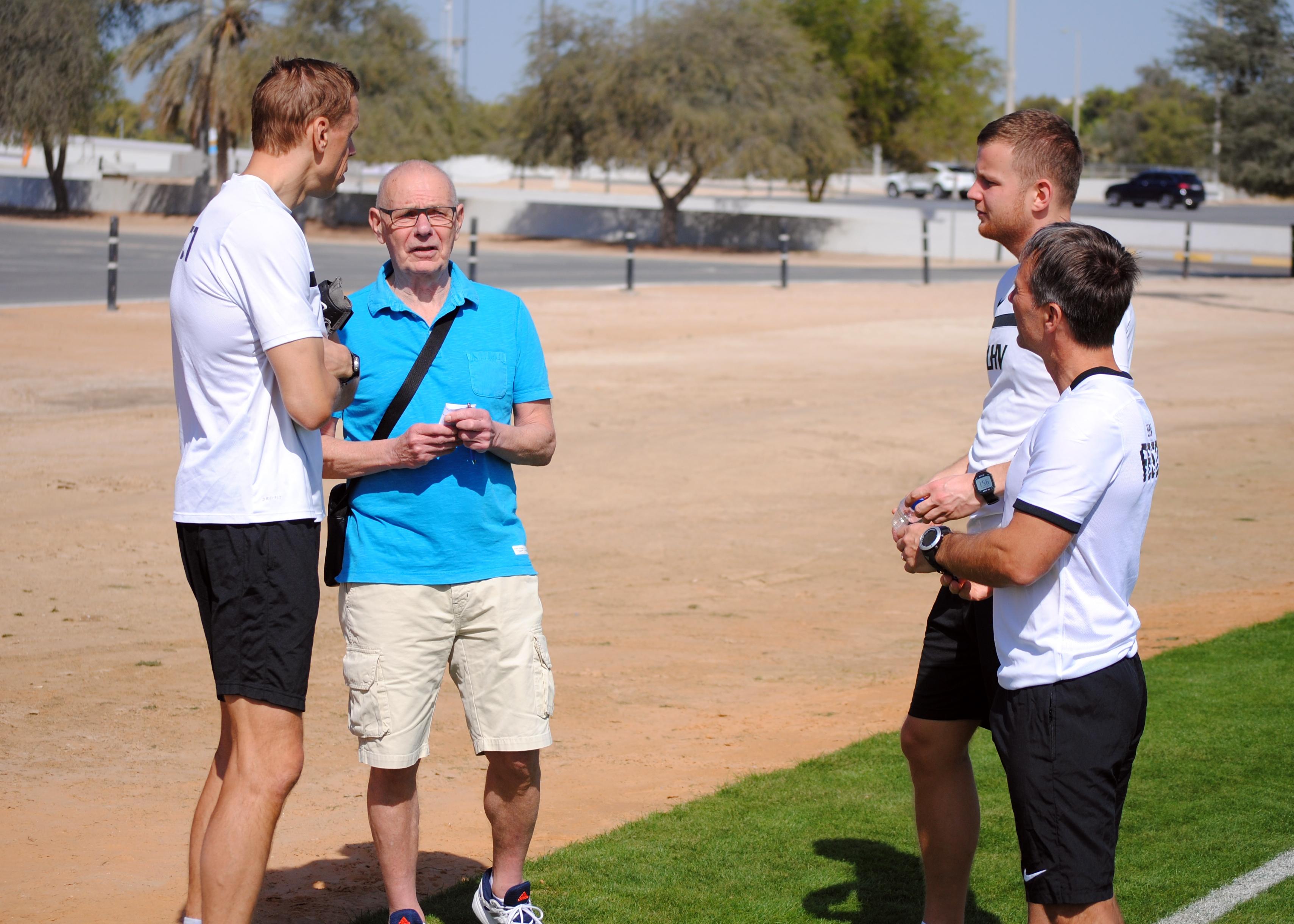 763deb48f21 Abu Dhabis aasta esimeseks maavõistluseks valmistuv Eesti koondis kohtus  ootamatult ühe vana sõbraga - nimelt külastab tänaõhtust mängu endine  peatreener ...