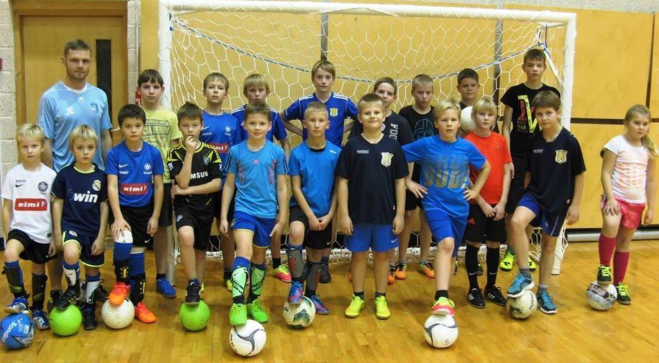 50a436accc2 Tänavu IV liiga Lõuna tsoonis mängima hakkav Pärnu JK Poseidon Nirvaana on  kokku pandud kahest klubist.